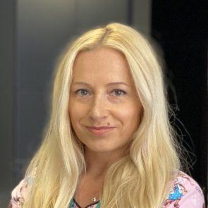 Ілона Косаковська